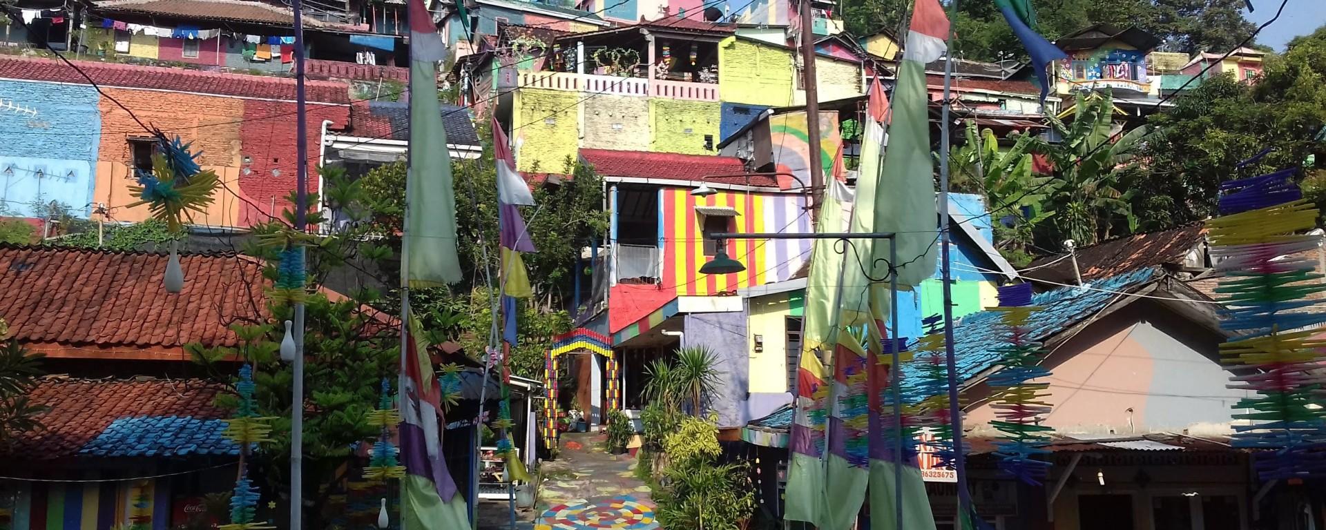 rainbow village, semarang